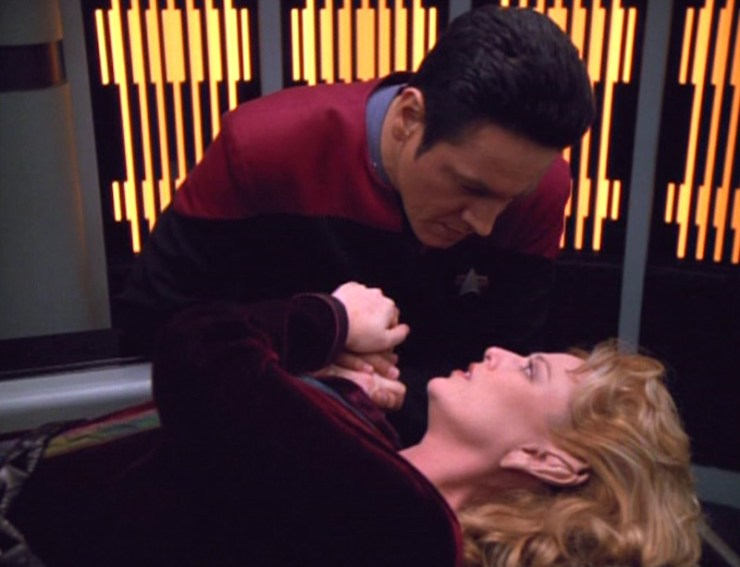 "Star Trek: Voyager ""Unforgettable"""