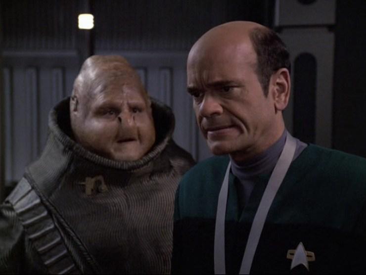 """Star Trek: Voyager """"Tinker Tenor Doctor Spy"""""""