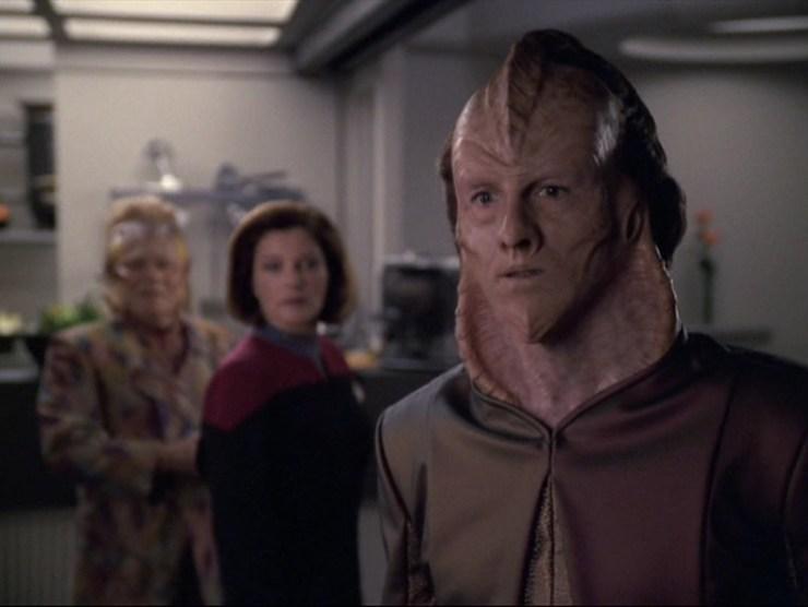 "Star Trek: Voyager ""Dragon Teeth"""