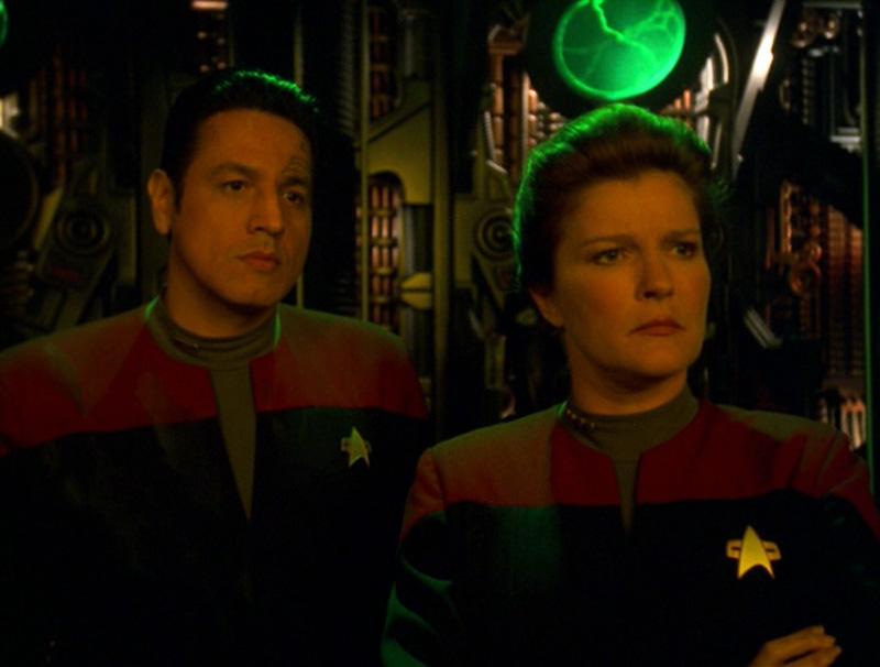 """Star Trek: Voyager Rewatch: """"Shattered"""""""