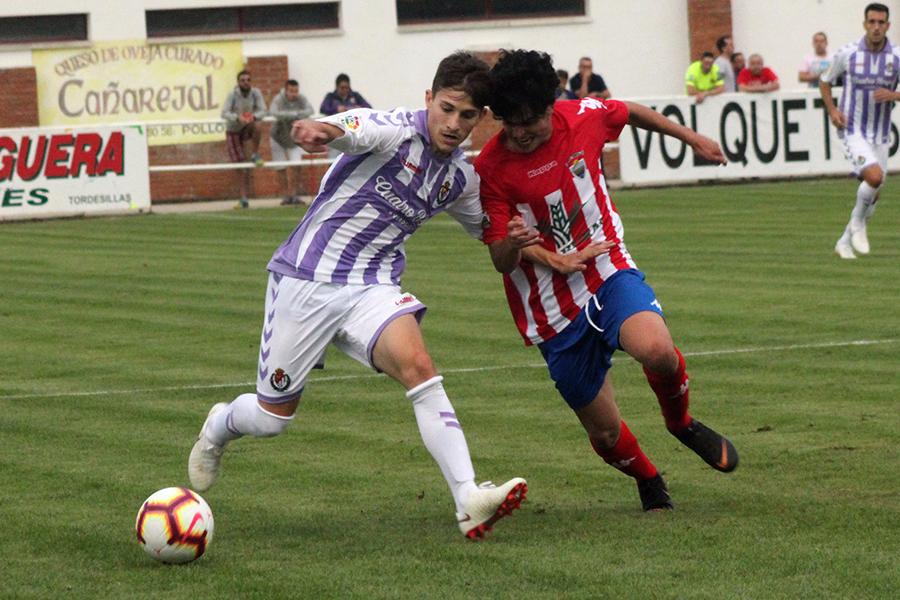 El Atlético Tordesillas da la cara ante un superior Real Valladolid