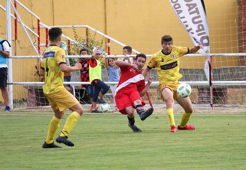 Un gol de Iván en el descuento manda al Simancas a las semifinales