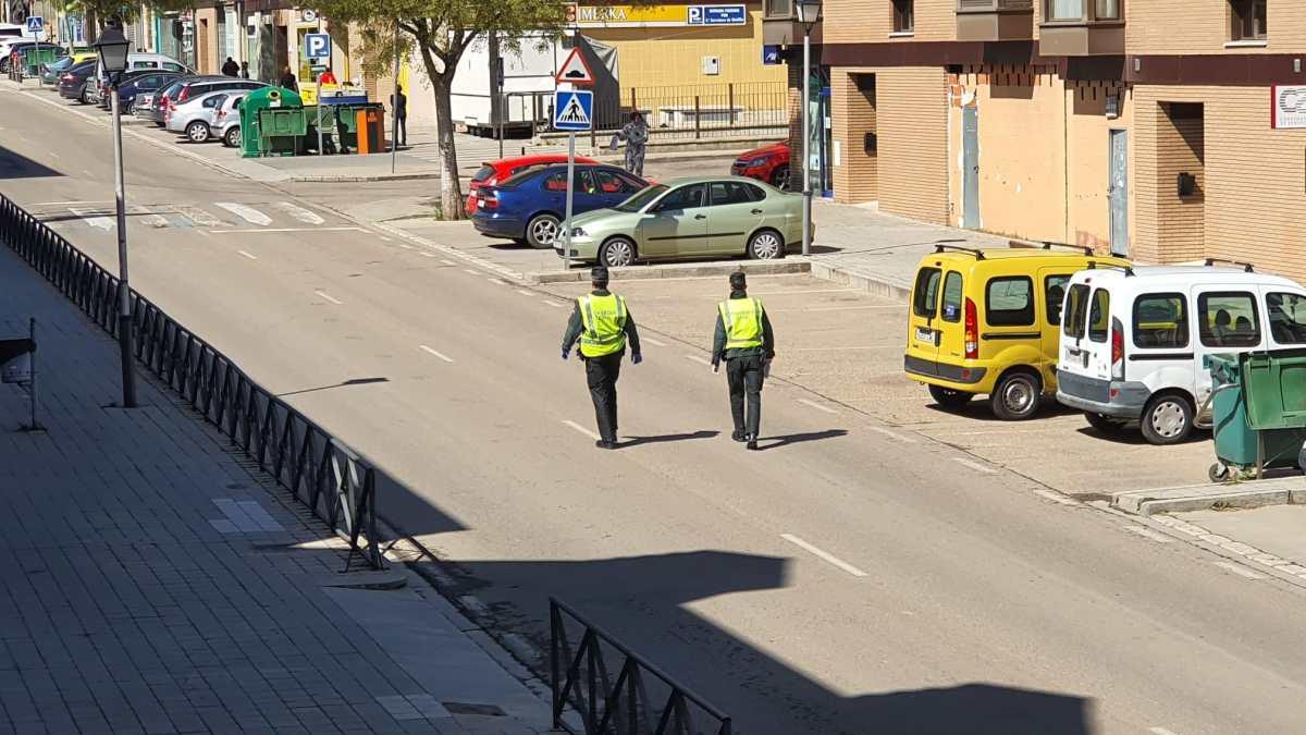 Policía Local y Guardia Civil multan a treinta y ocho personas por saltarse el confinamiento