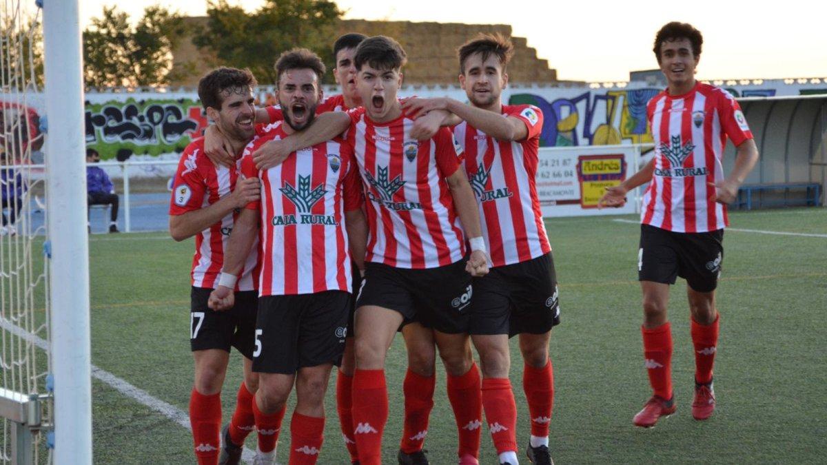 El Atlético Tordesillas suma sus primeros puntos