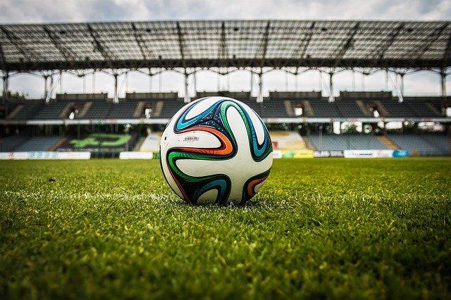 La Junta permitirá el deporte colectivo no profesional sin contacto al aire libre