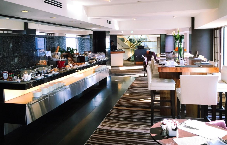 Hilton Tokyo Executive Lounge frokost