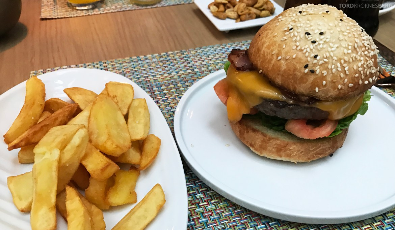 Angel Leon Mandarin Oriental Barcelona burger