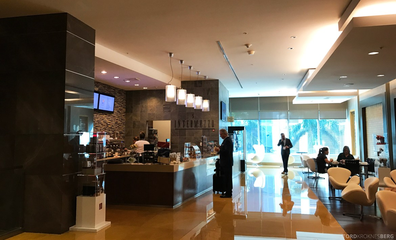 JW Marriott Marquis Miami café