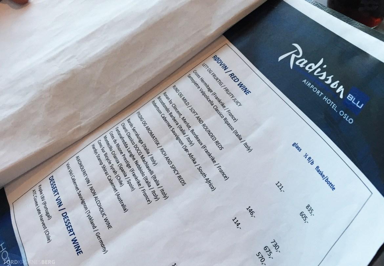 Radisson Blu Oslo Airport Hotel Junior Suite restaurant meny