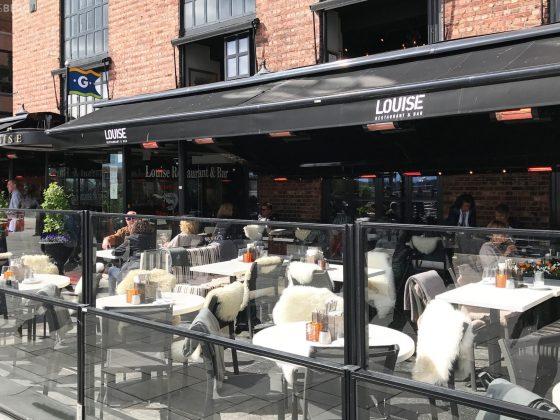 Louise Restaurant Bar Aker Brygge ute