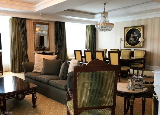 Ritz-Carlton Berlin Presidential Suite stue