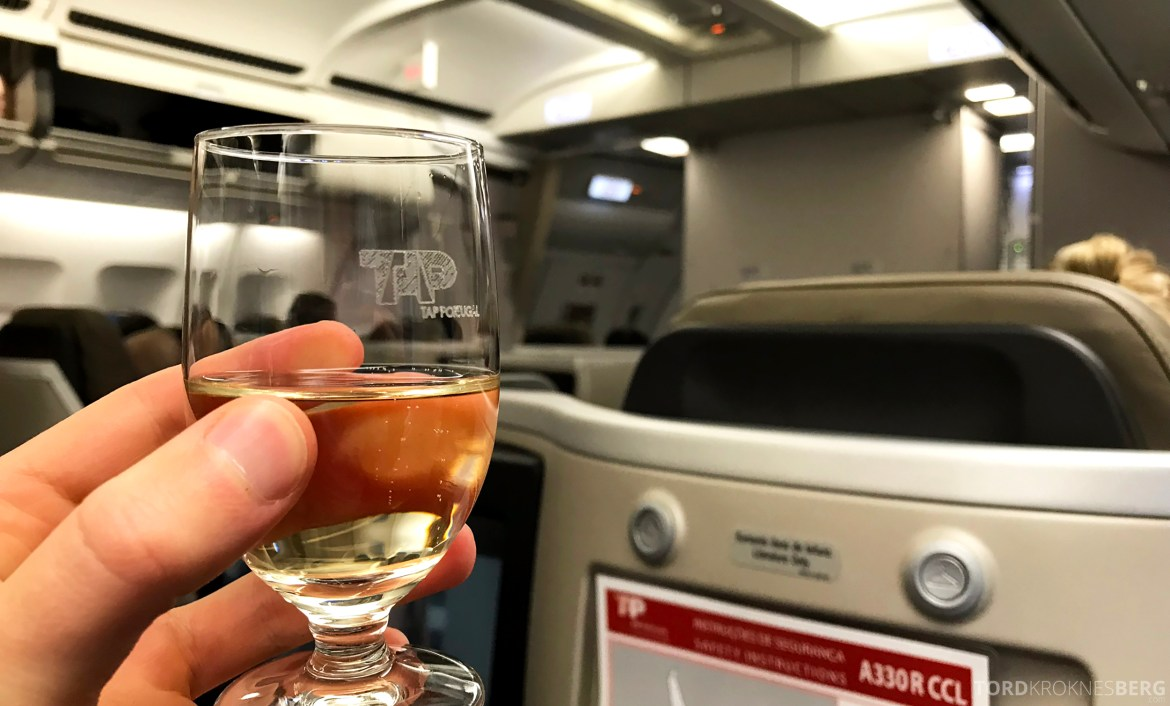 TAP Portugal Business Class Lisbon New York velkomstdrink