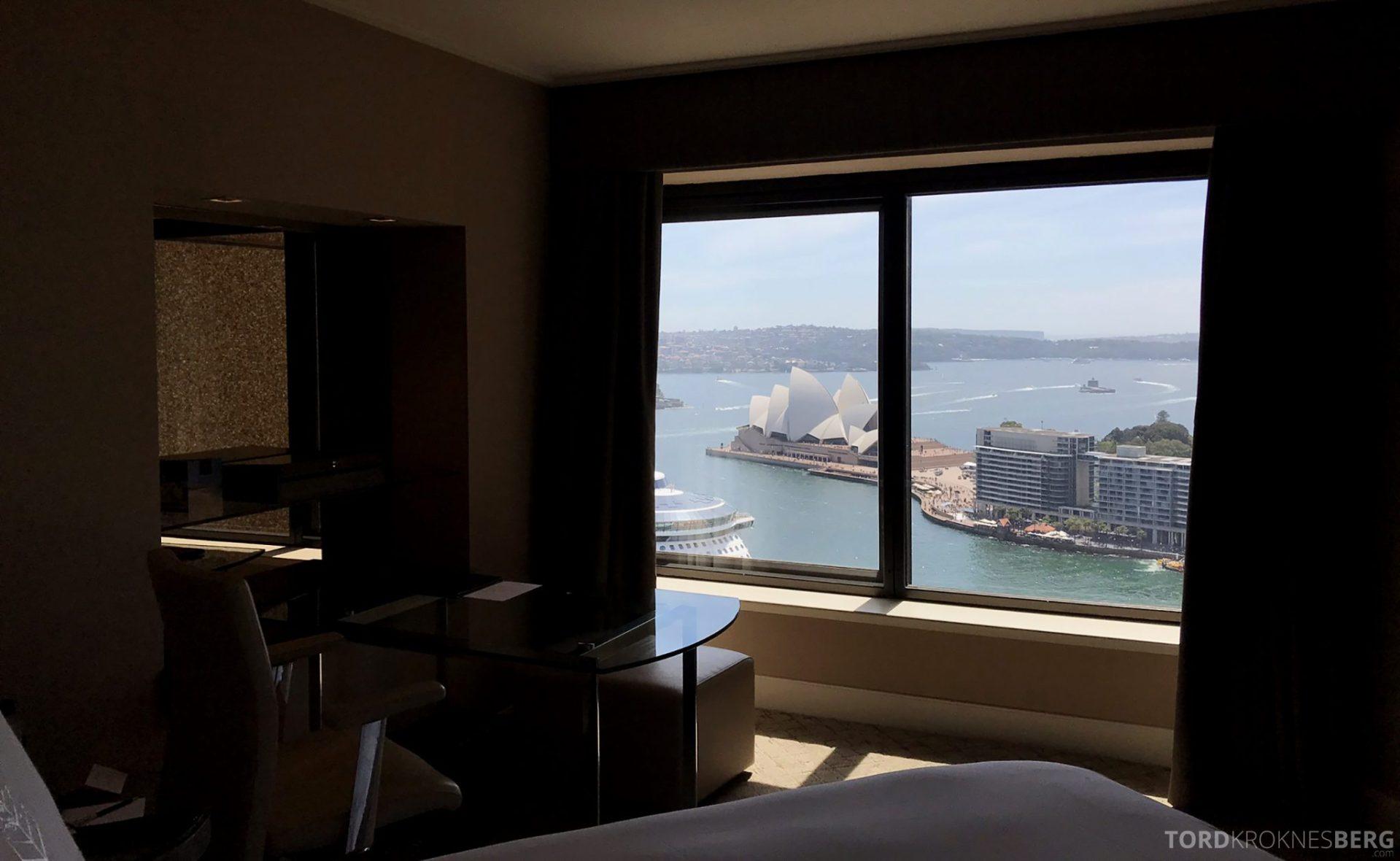 Four Seasons Hotel Sydney utsikt fra seng