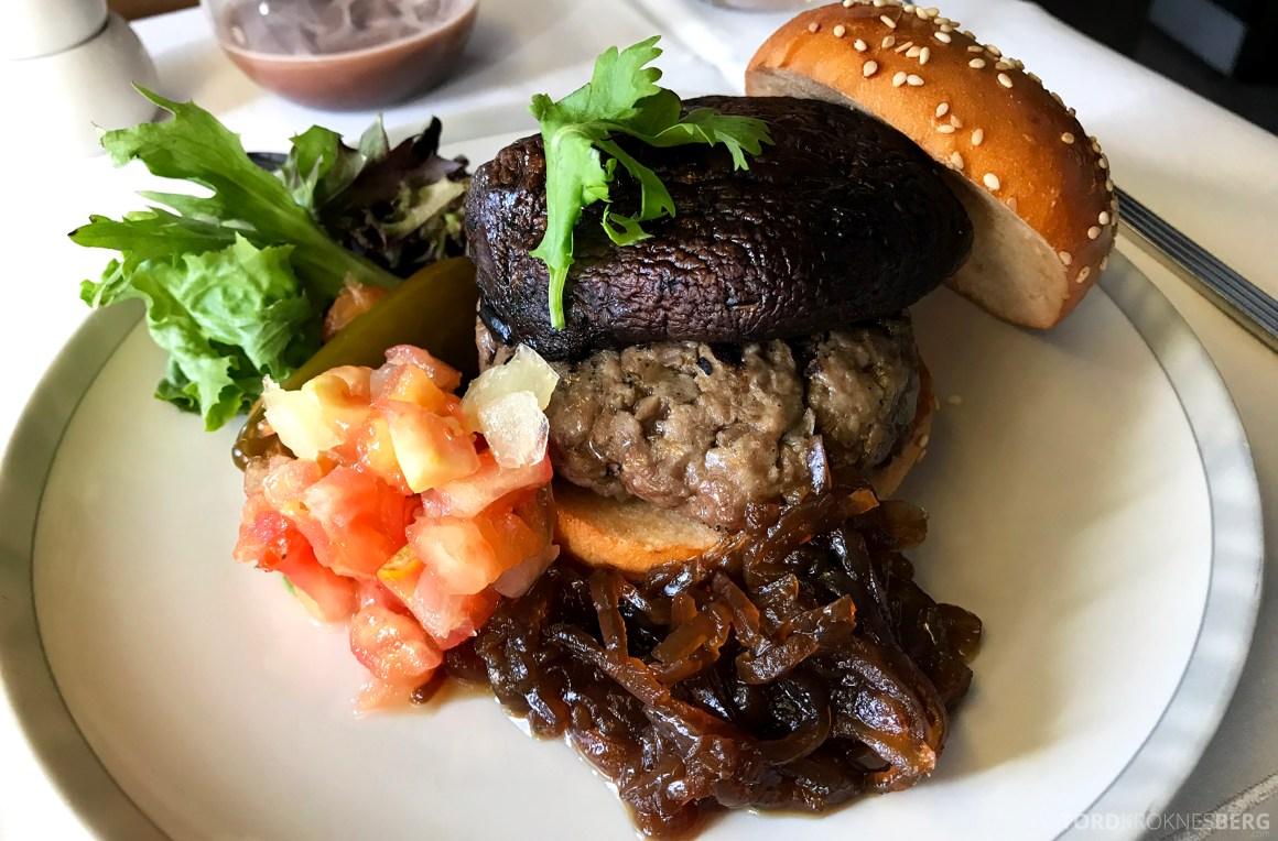 Singapore Airlines Business Class Brisbane hamburger