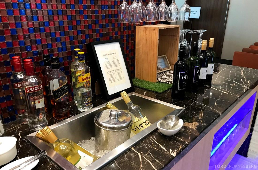 SATS Premier Lounge Changi Singapore alkohol