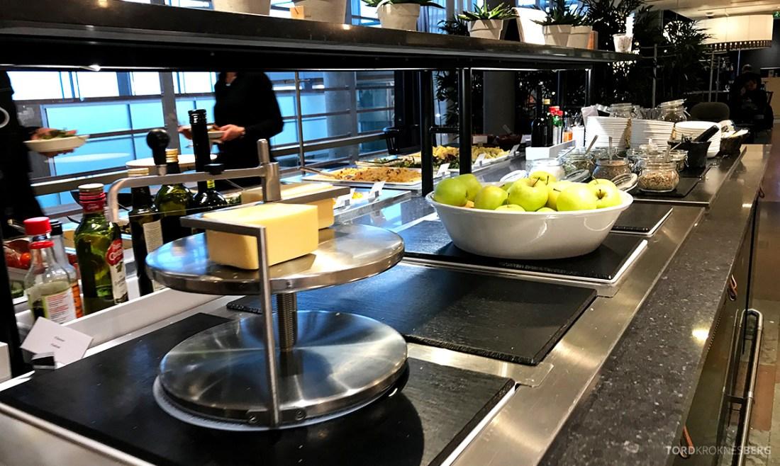 SAS Lounge International Oslo Gardermoen ost buffet