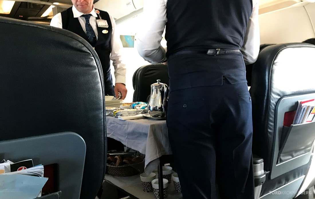 Turkish Airlines Business Class Doha Istanbul Oslo tralle