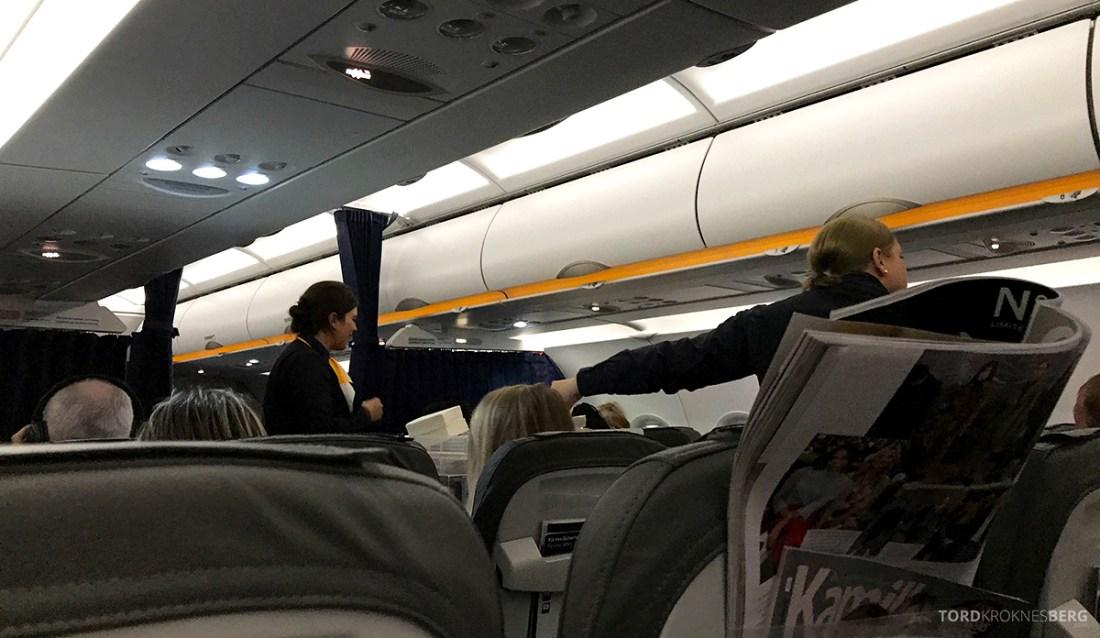 Lufthansa Economy Class Oslo Beograd servering