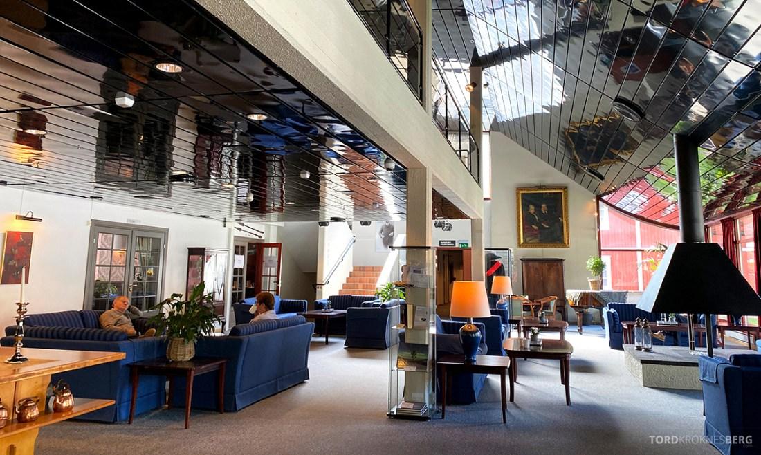 Bårdshaug Herregård Hotel Orkanger lobby