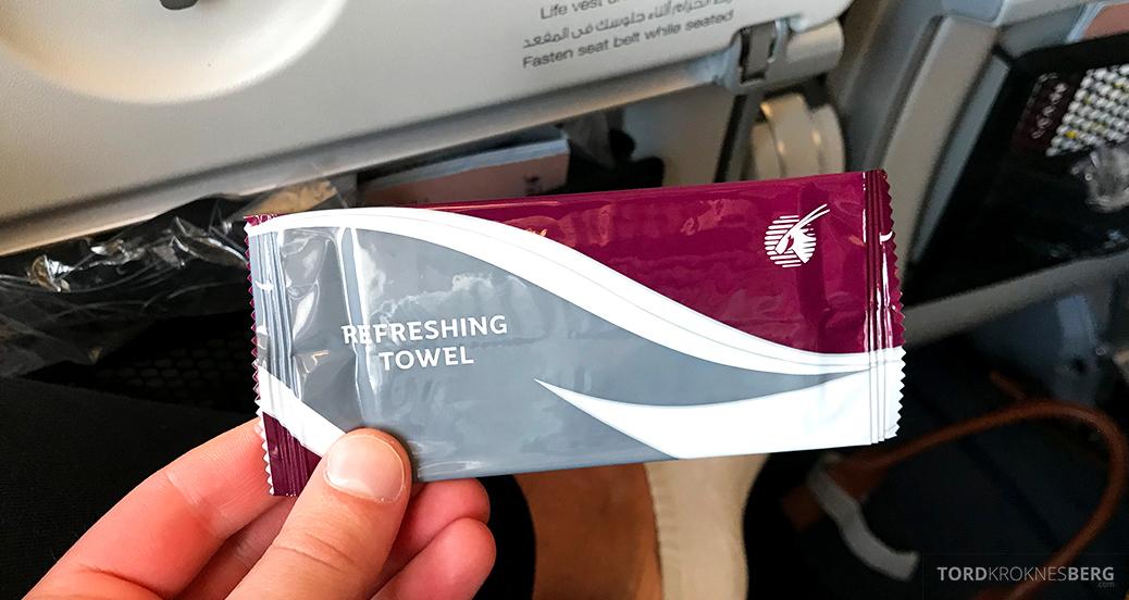 Qatar Airways Economy Class Oslo Doha våtserviett