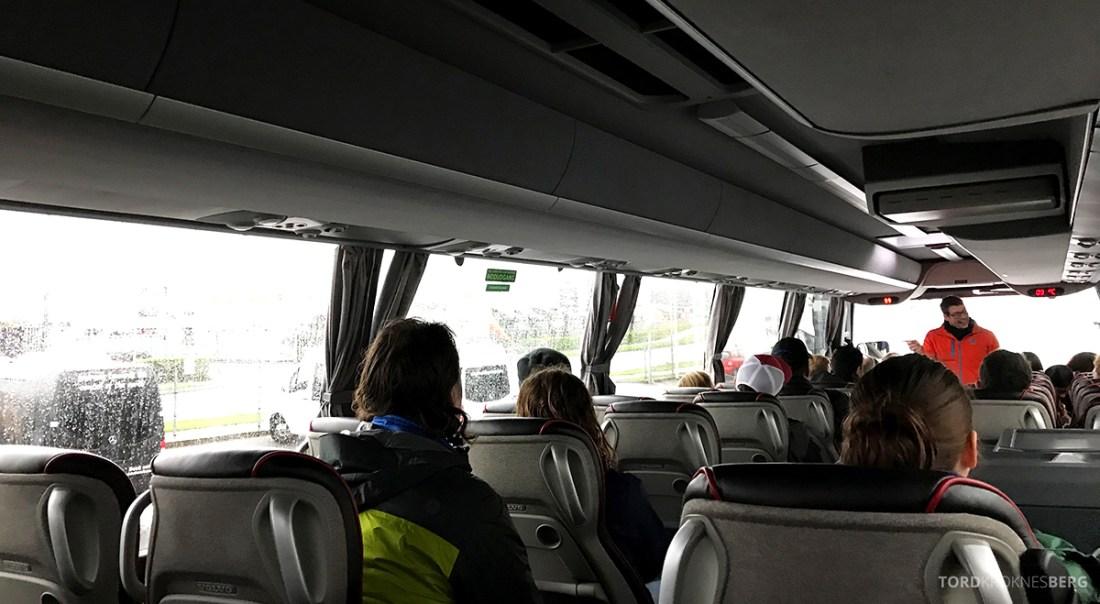 Golden Circle Tour Island buss guide