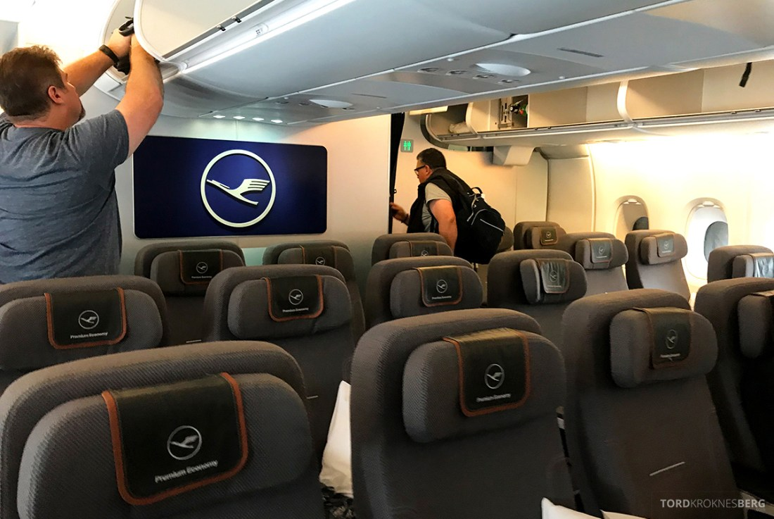 Lufthansa Premium Economy Los Angeles Oslo kabin forfra