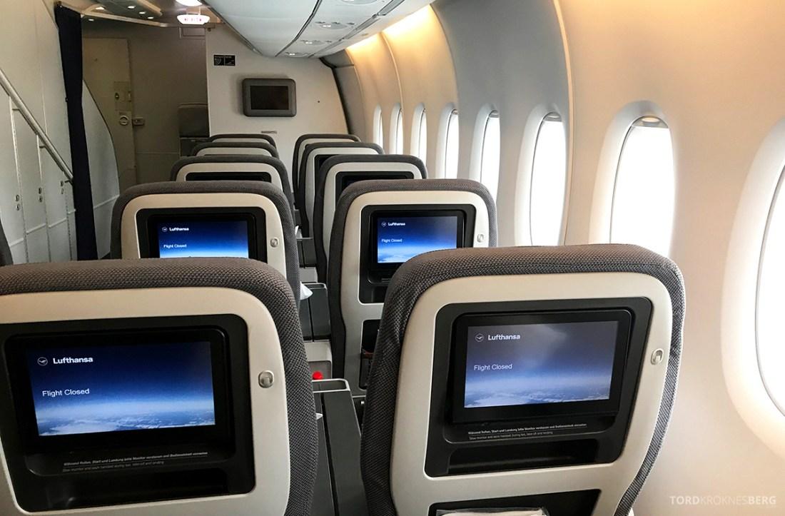 Lufthansa Premium Economy Los Angeles Oslo skjermer