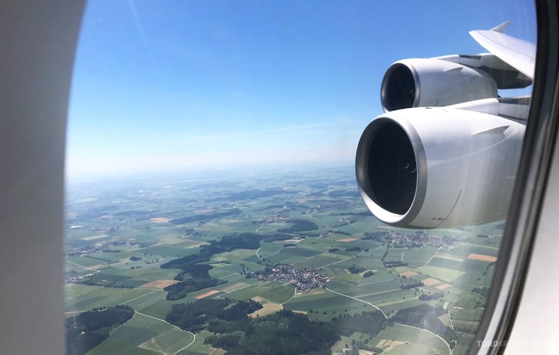 Lufthansa Premium Economy Los Angeles Oslo landing