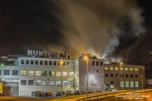 Hunton fiber Gjøvik by night