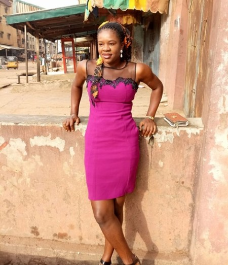 See Reasons why this Lady was Chased Away From Church in Onitsha