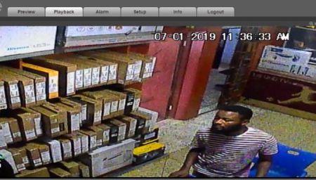 Man Caught On CCTV Stealing Dell Laptops Inside Computer Village, Lagos (Video) 1