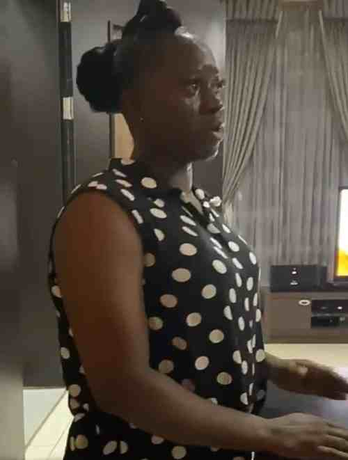 ladytears2 - Emotional Second Woman And Her Househelp Burst Into Tears As She Units To Go away After Years Of Serving (Video)