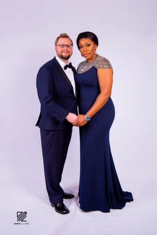 debi6 - Fabulous! 40-year-old Nigerian Lady Will get Engaged To Oyinbo Lover On Her Birthday (Pictures)