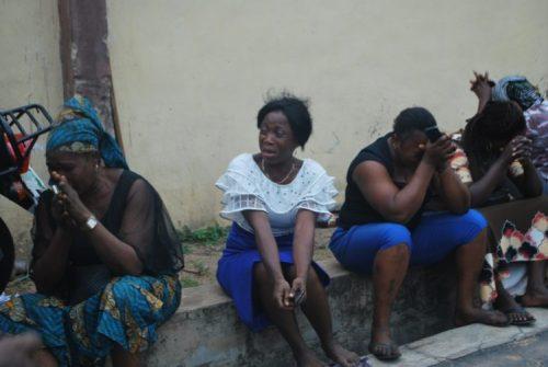 ajimobicry2 - Sympathisers Crying And Wailing At Ajimobi's Residence (Photographs+Video)