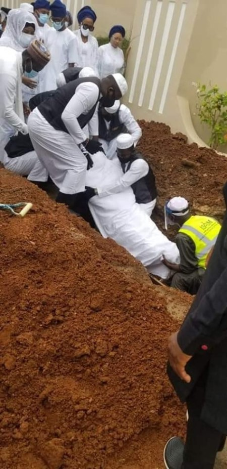 Ajimobi%20burial1 - Photographs Of Ex-Governor Abiola Ajimobi Being Laid To Relaxation In Ibadan (Photographs)