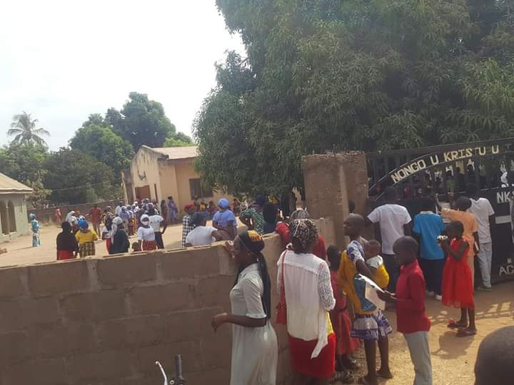 Drama as church members lock out pastor over strange preaching 9