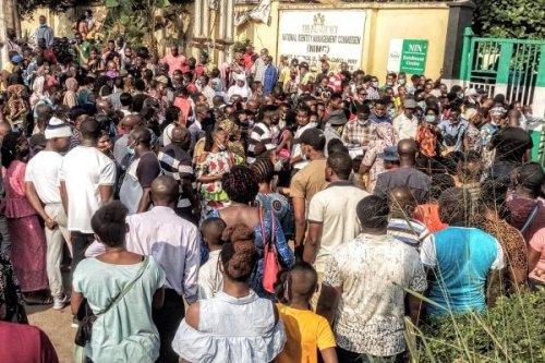 Nin: Huge Crowd Storm Lagos Nimc Office As Deadline Approaches (Photos+Video)