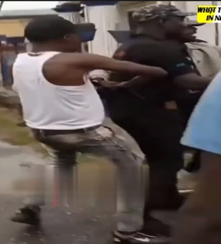 DSS operative chased away by Igboho supporters