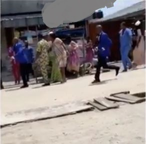 Drama As Interior Decorator Disrupts Wedding Reception Over Non-Payment Of His Money (Video) 2
