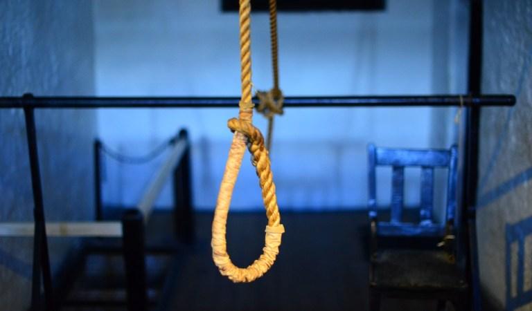 Bimbo picchiato a morte. Il compagno della madre tenta il suicidio