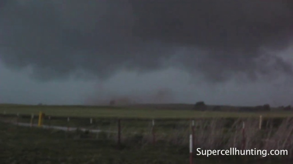 May 12, 2010 Storm Chase | Brief Tornado SW of Clinton, OK