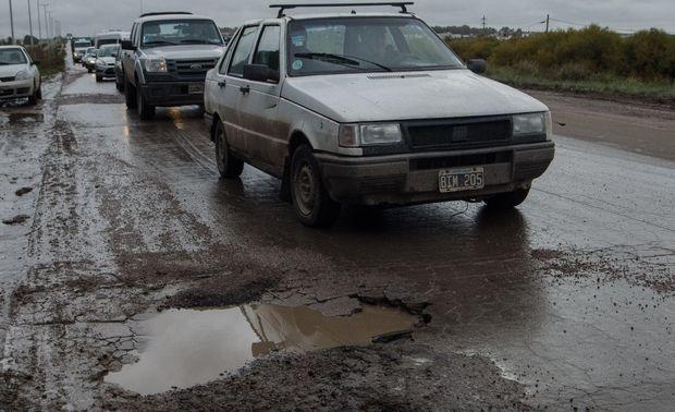 Bahía Blanca – Los pasos a seguir por los daños que generan los baches de la calles