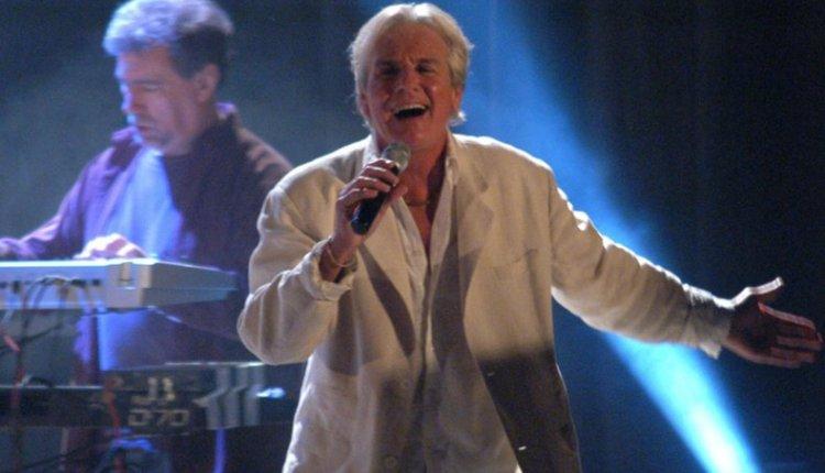 Coronel Suárez – Sergio Denis volverá a su casa para cantar en la Füllsen Fest