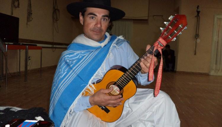 Saldungaray – Hoy la Peña Huinca-Malal presenta el «Festival de los Grandes»