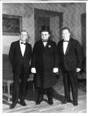 Pianelli vestito da Cavour