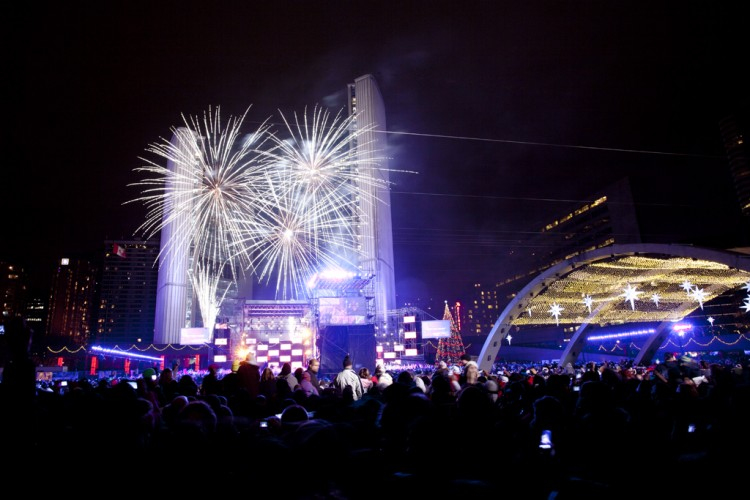 Ring in the New Year in Style    Toronto Airport Limo Blog New Year s Eve celebrations Nathan Phillips Square  Toronto