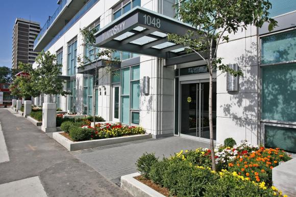 1048 Broadview Ave 503 Toronto-large-002-9-Building Entryway-1500x1000-72dpi