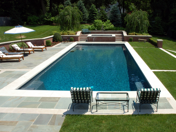 installing a swimming pool