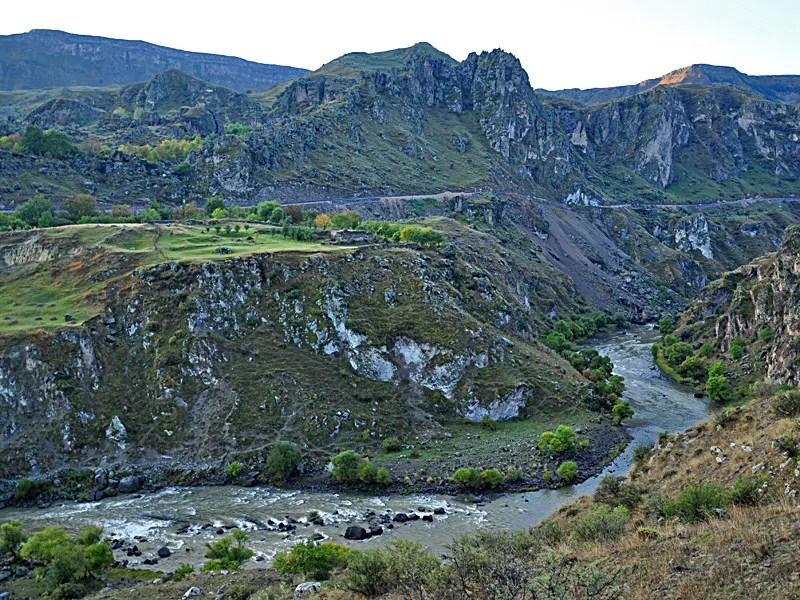 Der Mtkvari im Kleinen Kaukasus nahe Vardzia.