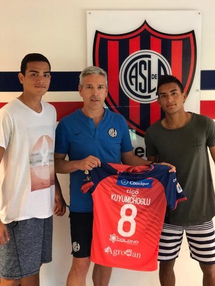 De izquierda a Derecha: Guillermo Víquez, Juán Fernando Kuyumchoglu y Sergio Carmona.